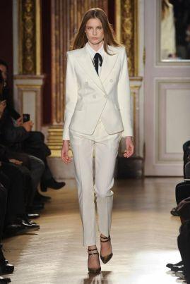 a32fb97ab29d2b5d769b362ede3e8b0d--formal-suits-for-men-suit-for-women