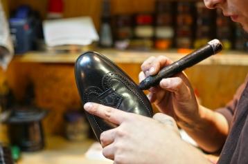 negocio-de-reparacion-de-calzado