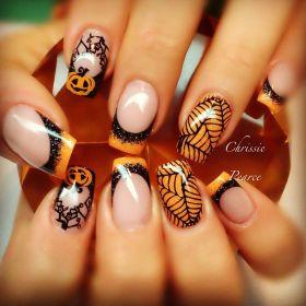 ae6c1ec99ceaf956275a53955b96c570--halloween-nail-designs-halloween-nail-art