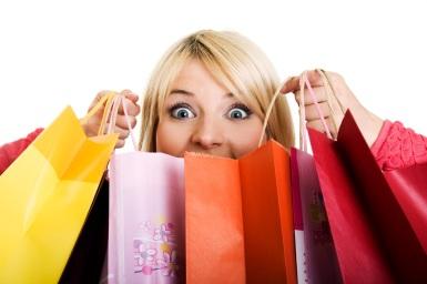 mujer comprando