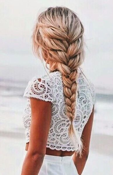 braided-hairstyles-for-spring-makeup