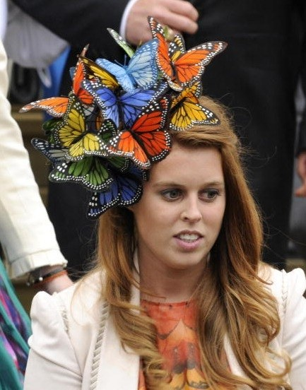 weddings-blogs-save-the-date-0421-princess-beatrice-royal-wedding-hats_we